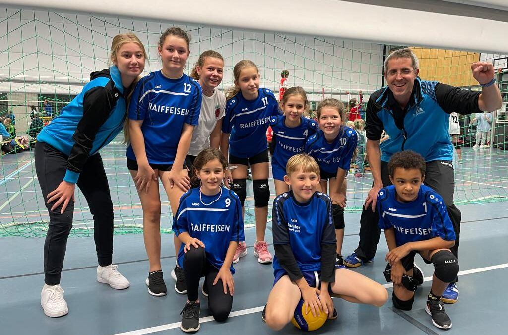 LUNKI- U13- Juniorinnen starten mit Turniersieg in die Saison!